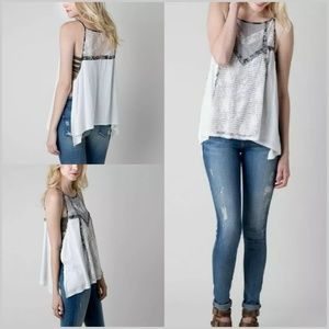 Gimmicks by BKE Large Flowy Layered Tank Top